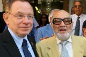 """Sammy Ofer z""""l with Rambam's Prof. Rafi Beyar"""